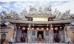 Lecheng Temple, Taichung - Teaching English in Taiwan