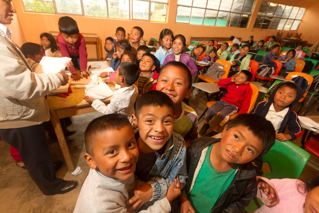 Classroom Design For Esl Students ~ Tips for teaching large classes