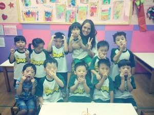 Teacher Michelle with her students