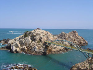 Daewangnam Rock Ulsan by JDKlein